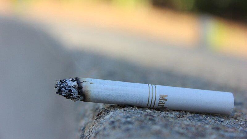 На сигарету